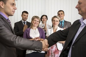 employees seeing how important employee recognition is