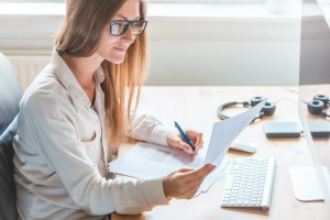 women working from home in hybrid model