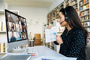 Smart HR rep showing remote work program services